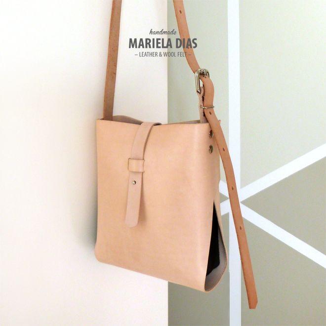 tangerine bag · leather & wool felt · http://marieladias.blogspot.pt