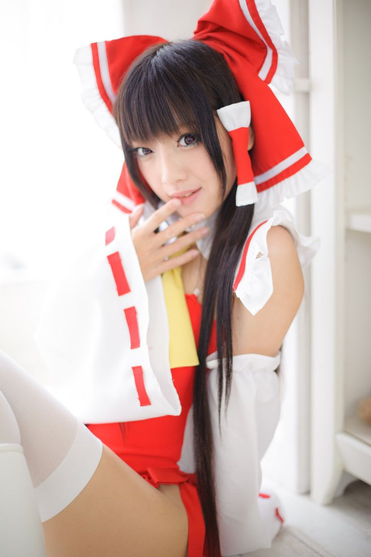 cosplay 東方Project 博麗霊夢 / layer:火将ロシエル