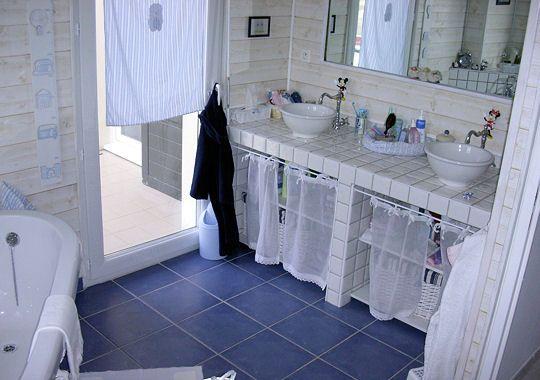 78 best images about salles de bain on pinterest. Black Bedroom Furniture Sets. Home Design Ideas