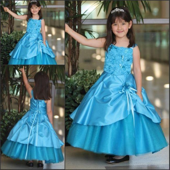 Vestidos de Fiesta para Niñas en Color Azul - Para Más Información Ingresa en: http://vestidosdenochecortos.com/vestidos-de-fiesta-para-ninas-en-color-azul/