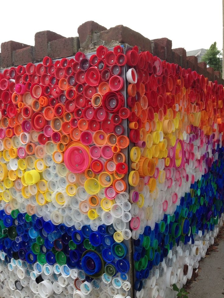 What a delightful project to use bottle caps. This project used 24,000 bottle caps collected by kids in Long Beach New York
