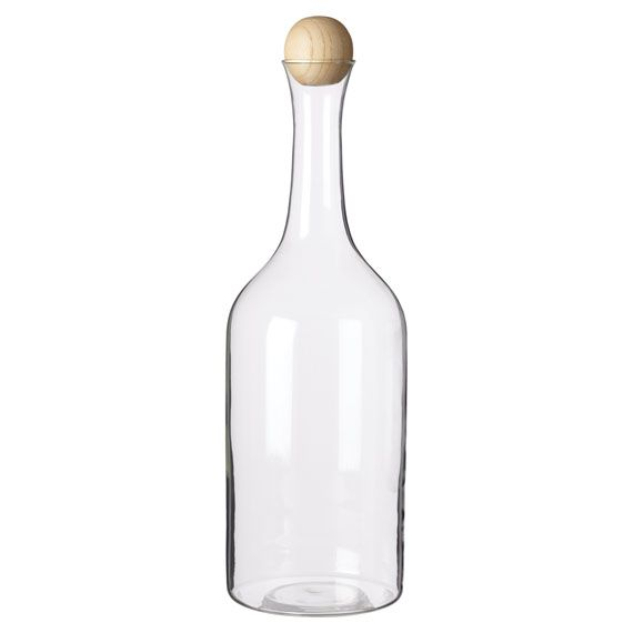 Get into the habit of decanting your wine and you'll reap the benefits. Our decanters come with beautifully tactile carved round wooden stoppers. They will also make an excellent present.