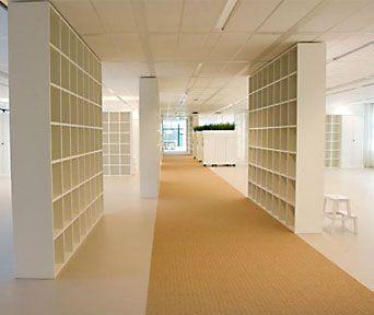 Deze #sisal #loper geeft een fantastisch effect in deze ruimte! #interior #design