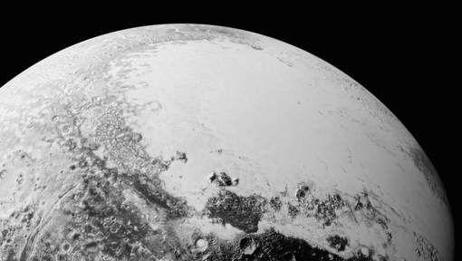 """Les nouveaux clichés de Pluton font """"halluciner"""" la Nasa - 7SUR7.be"""