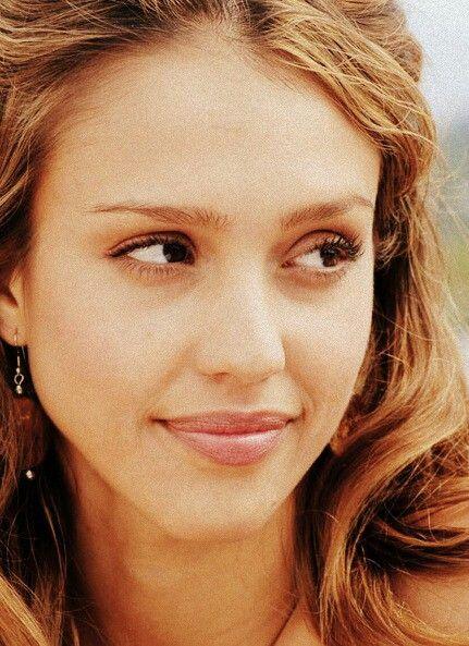 love her makeup and hair - jessica alba 2007:   Jessica alba pictures, Jessica alba hair