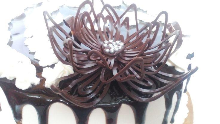 Как сделать шоколадный цветок