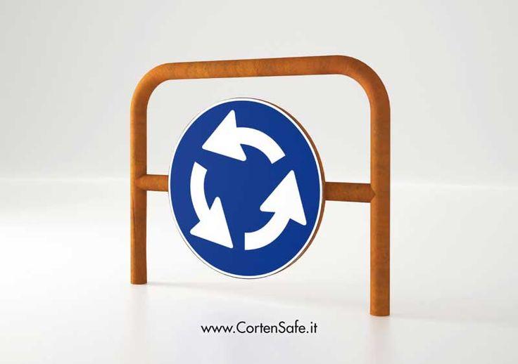 #Archetti #parapedonali con segnale stradale. Complemento di #segnaletica.