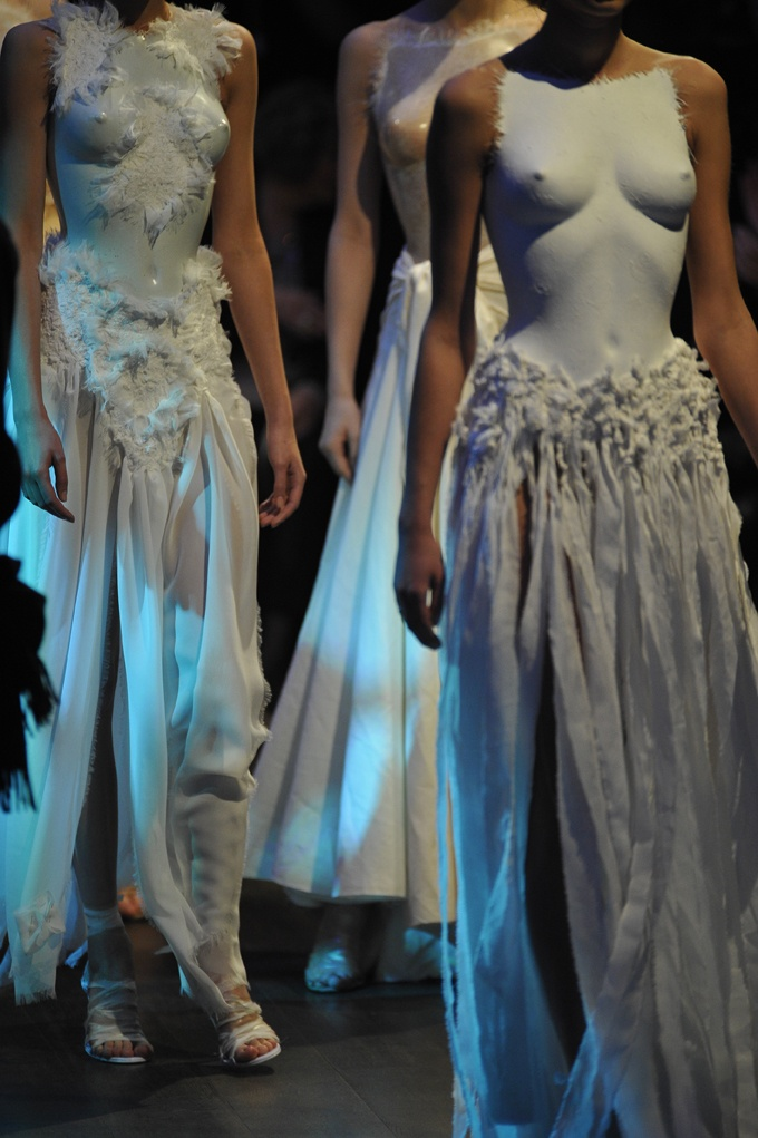 11 best images about franck sorbier haute couture on for Loving haute couture