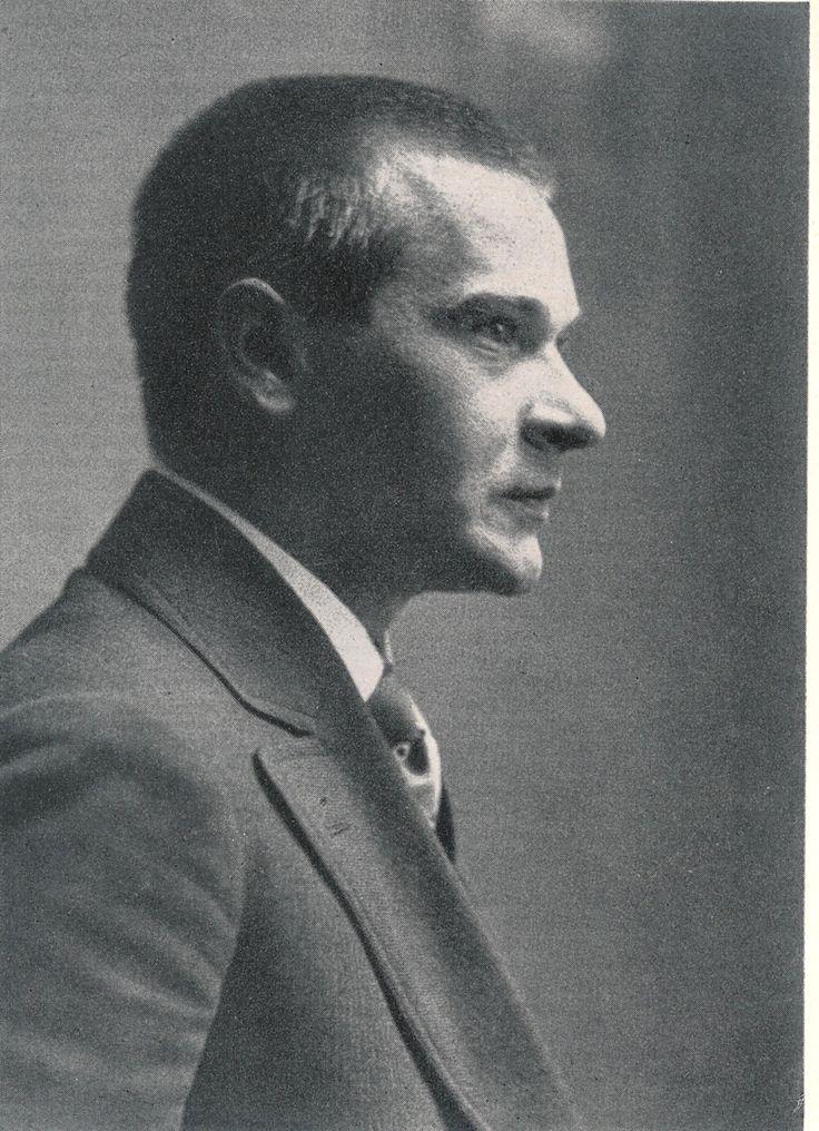 Georg Trakl – Wikipedia