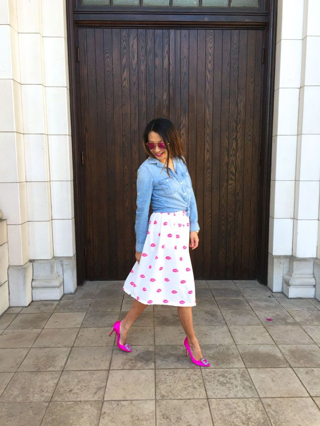 347f29acb Pretty in Pink: Lip Print Skirt and Feathers | My Style | Printed ...