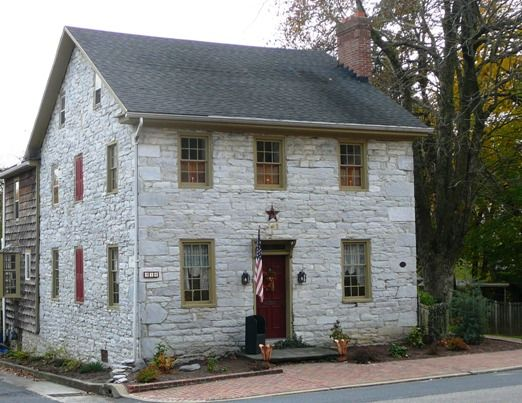 Annville pa such a wonderful historic stone home for Old american houses