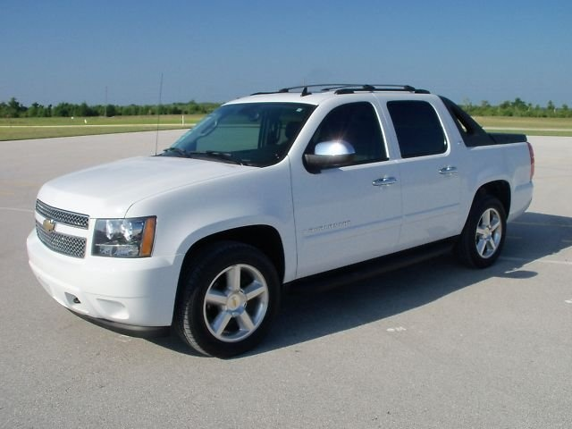 32 best Chevy Avalanche images on Pinterest  Chevy avalanche