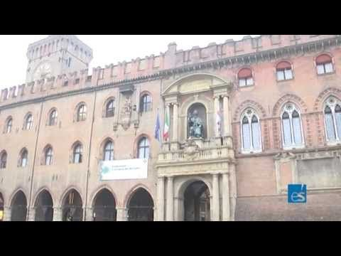 Bologna punta su rinnovamento illuminazione e su efficienza energetica negli edifici. Parola al sindaco Merola.