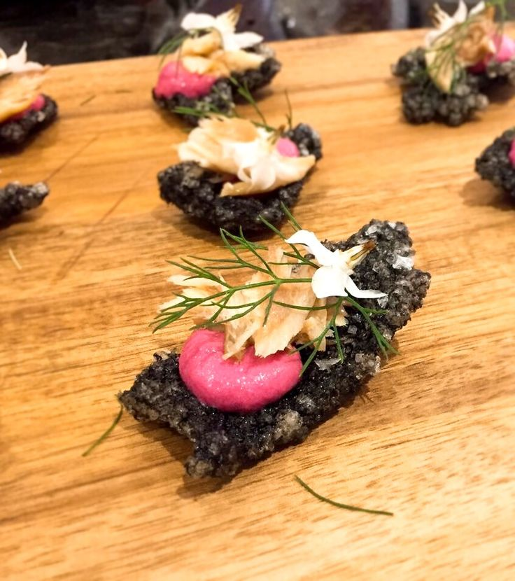 Squid ink tapioca crisp with beetroot hummus, smoked mackerel, fennel and borage flower. www.stevejamesltd.com #personalcook #personalchef #personaldining #privatechef #privatecook #privatedining #somerset #somersetcook #somersetfood #somersetchef #dorset #dorsetfood #dorsetchef #tapioca #squidink #squidinktapiocacrackers #beetroot #hummus #beetroothummus #chickpeas #lemon #garlic #tahini #fennel #mackerel