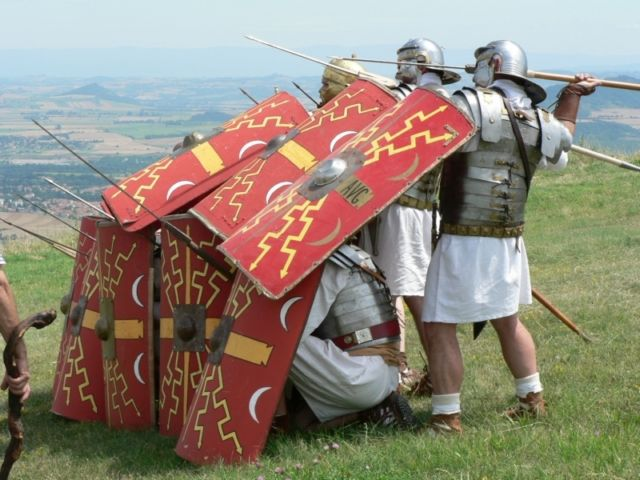 Roman battle tactics versus cavalry. The Roman army is the ...