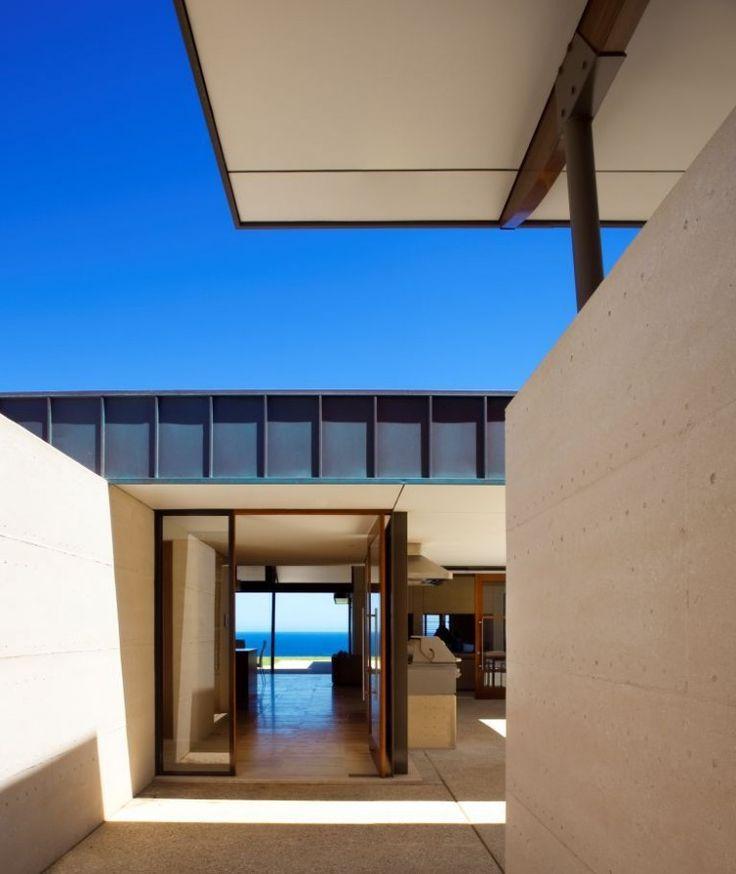 Stunning View From A Modern Minimalist House:open-glass-door
