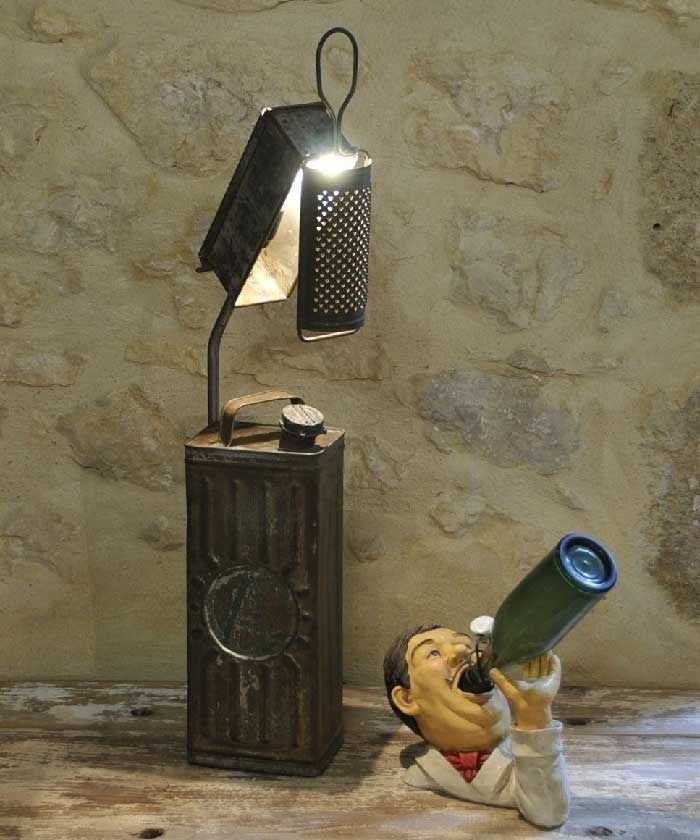 creation unique lampe luminaire bidon jerrican ancien loft industriel luminaires par le. Black Bedroom Furniture Sets. Home Design Ideas