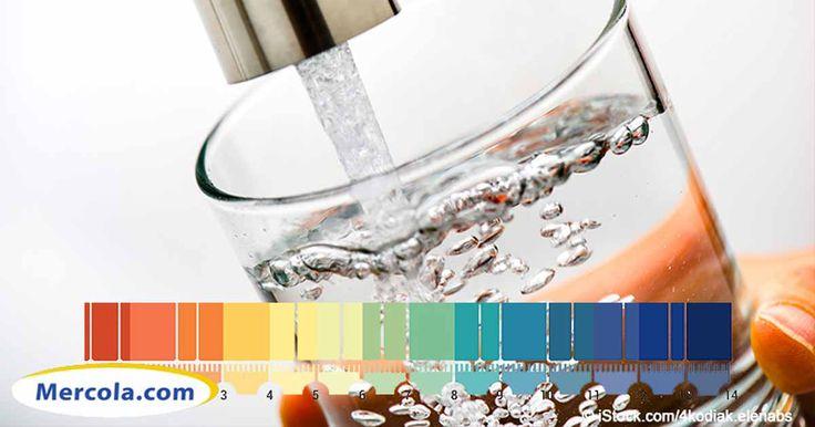El Dr. Mercola, junto con el experto en filtración de agua Houston Tomasz, habla sobre los efectos del agua alcalina para la salud humana. http://espanol.mercola.com/boletin-de-salud/agua-alcalina.aspx