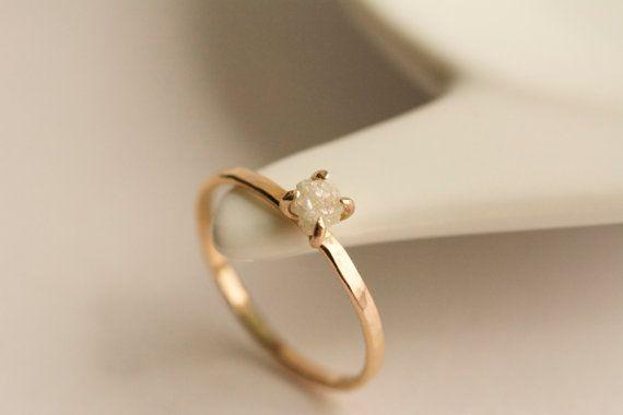 Ungeschliffener Diamant-Verlobungsring. von CharmStoneEstonia
