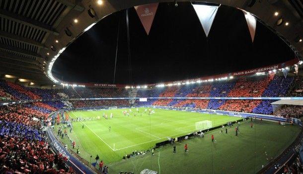 Parque De Los Principes, París, Italia SuperficieCésped Dimensiones105 x 68 m Capacidad48.712 espectadores Sede del emblemático equipo, Paris Saint Germain