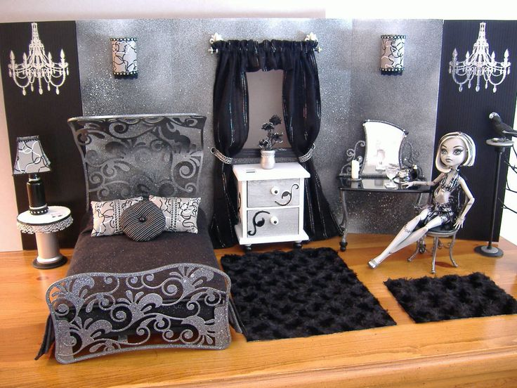 Diy monster high doll house