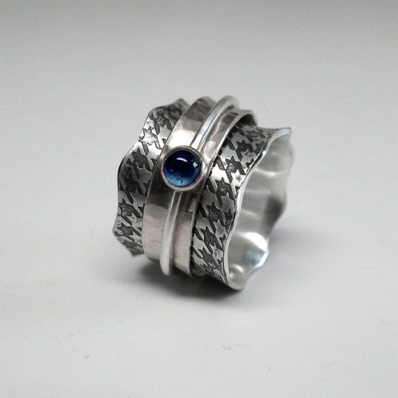Sterling zilveren Houndstooth Spinner Ring met saffier 4mm