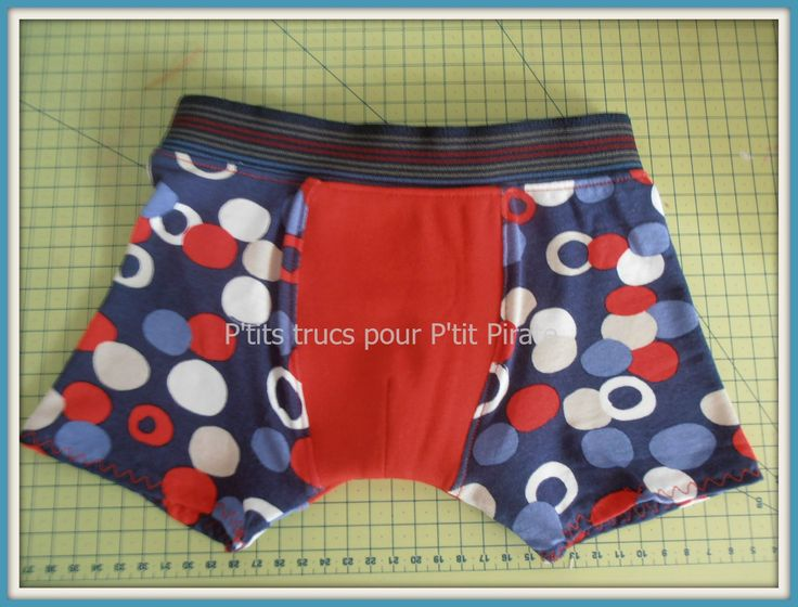 FREE: Pattern and tutorial (French) for boys boxers size 3/4T.