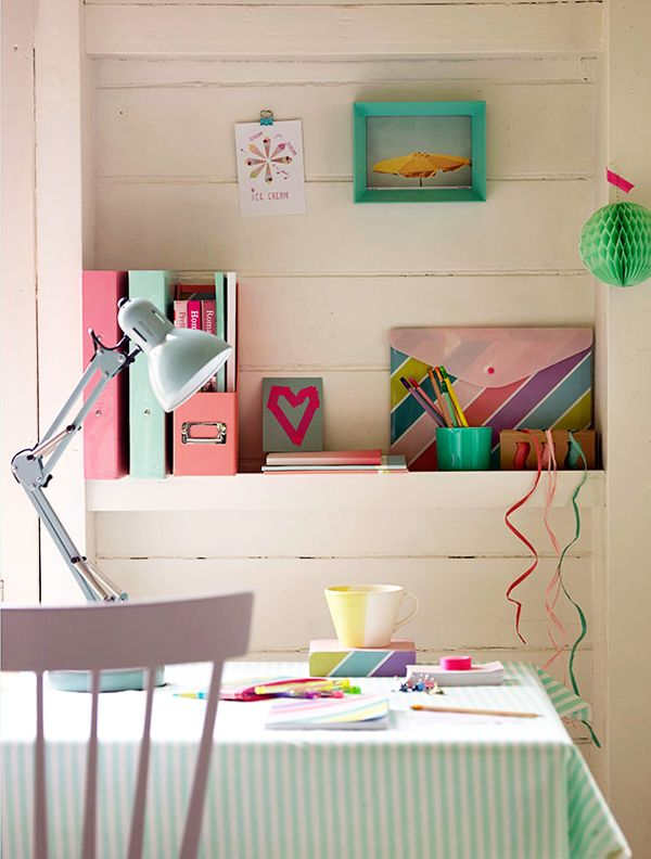 Pretty Pastel Home Office Ideas...