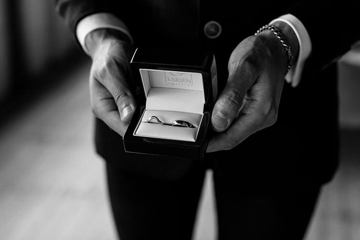 Another beautiful shot of one of Larsen Jewellery's wonderful couples - Taygan & Eli  #weddingrings #custommade #weddingday #whitegold #weddingphotography #melbournejewellers #sydneyjewellerys www.larsenjewellery.com