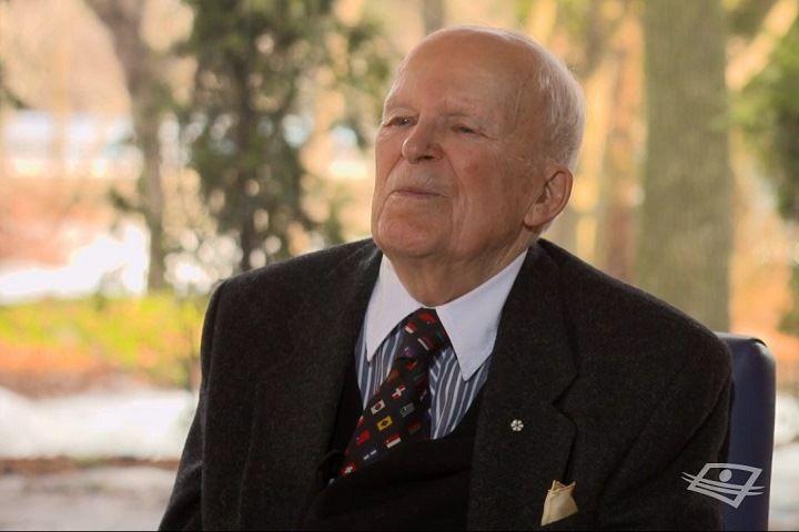 ME ANDRÉ GAGNON pratique le droit depuis 70ans! Il est le doyen des avocats du Barreau du Québec. Après avoir obtenu son diplôme de droit, il s'enrôle au sein de l'armée canadienne pendant la Deuxième Guerre mondiale. Une fois revenu au Québec, il repart en 1945 vers l'une des plus prestigieuses universités du monde, l'Université d'Oxford. AuQuébec, il est considéré comme l'avocat qui a le plus d'expérience dans les plaidoiries civiles.