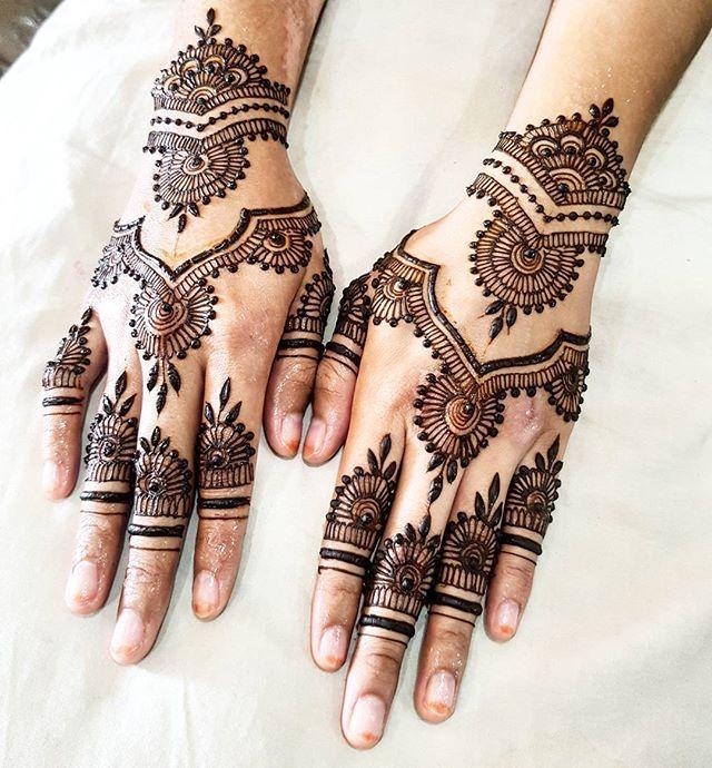 best 25 bridal henna designs ideas on pinterest bridal. Black Bedroom Furniture Sets. Home Design Ideas