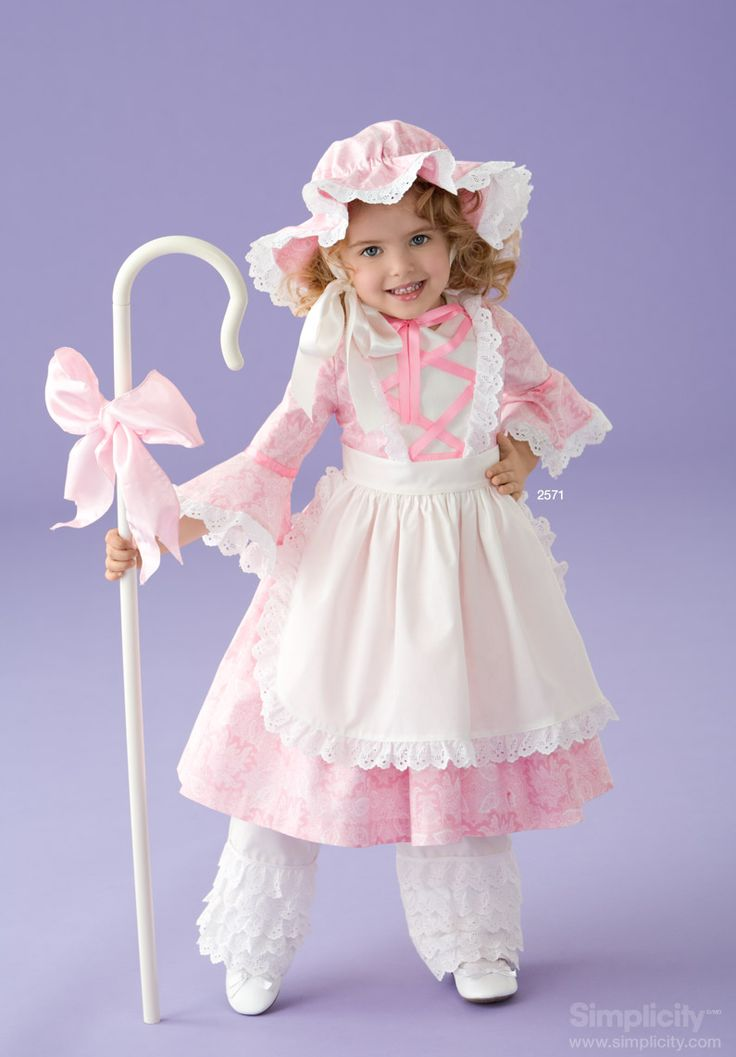 Precious and pink! Use #SimplicityPatterns to create this adorable Little Bo Peep costume for your toddler! #Halloween