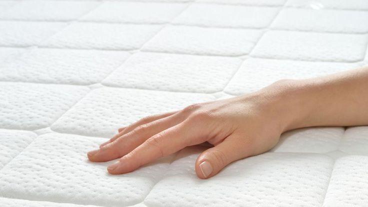 Les 25 meilleures id es concernant nettoyer les taches du - Enlever des taches sur un matelas ...