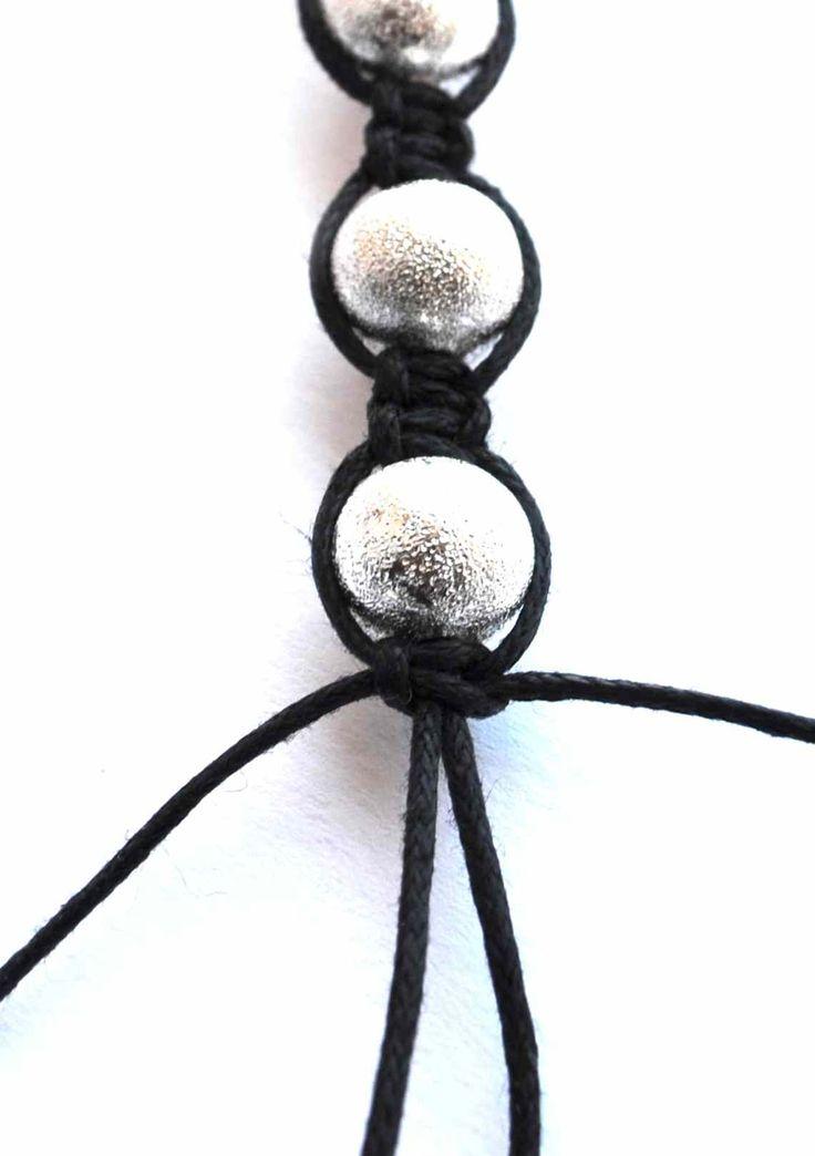 Beretta-art biżuteria ręcznie robiona - handmade jewelry: Czarno-srebrna bransoletka Shamballa tutorial - kurs