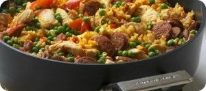 Spanish Paella with Chicken and Chorizo - The secret to a perfect paella is the deliciously caramelised base which can be achieved perfectly in the Como Advanced Saute Pan without having the rice stick to the base. http://sautepanrecipes.com/spanish-paella-with-chicken-and-chorizo/
