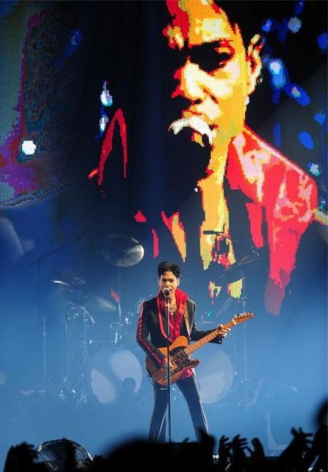 20Ten tour 2010.11.08 -  Prince in Antwerpen, Belgium