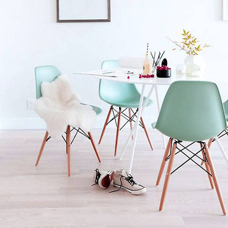 Are you interested in our Dining Chair Spring Pastels? With our pastel coloured dining chair you need look no further.