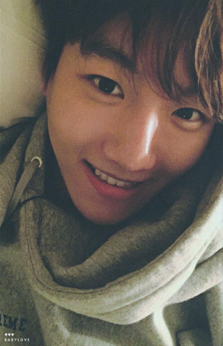 Rare pic of an Innocent Baekhyun