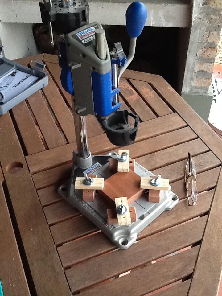 Improving the Dremel workstation (2).
