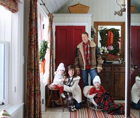 my all time favoritest designer and her cute little family in their holiday home (you heard it right.. she has a home for everything hahaha) <3 her!