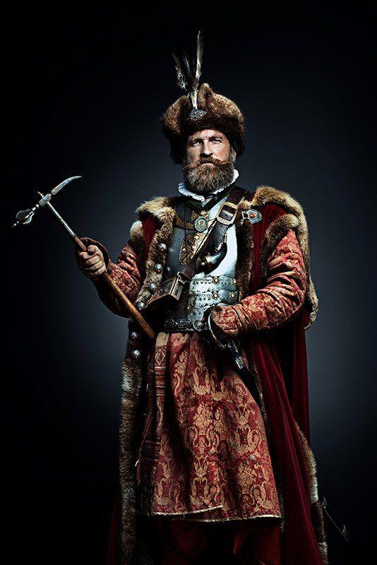 Polish Hussar with warhammer