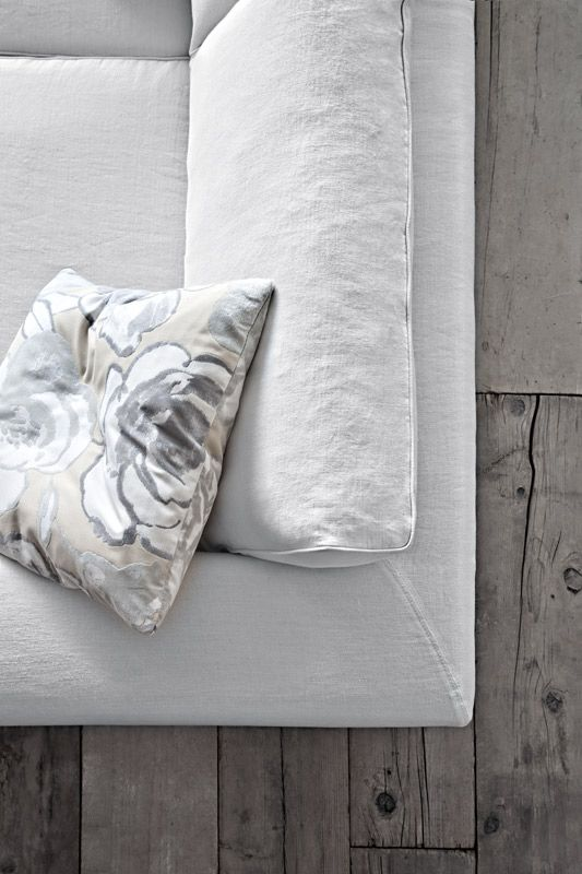 Czasami warto spojrzeć na wszystko z góry ;) #sofa #family #pianca #livingroom #italiantaste #interior #design