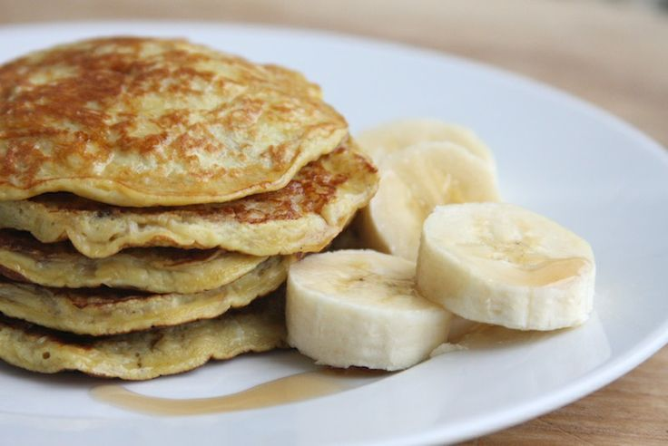 Shopgirl: Light & Healthy Two Ingredient Pancakes Healthy Pancakes made with Bananas and Eggs