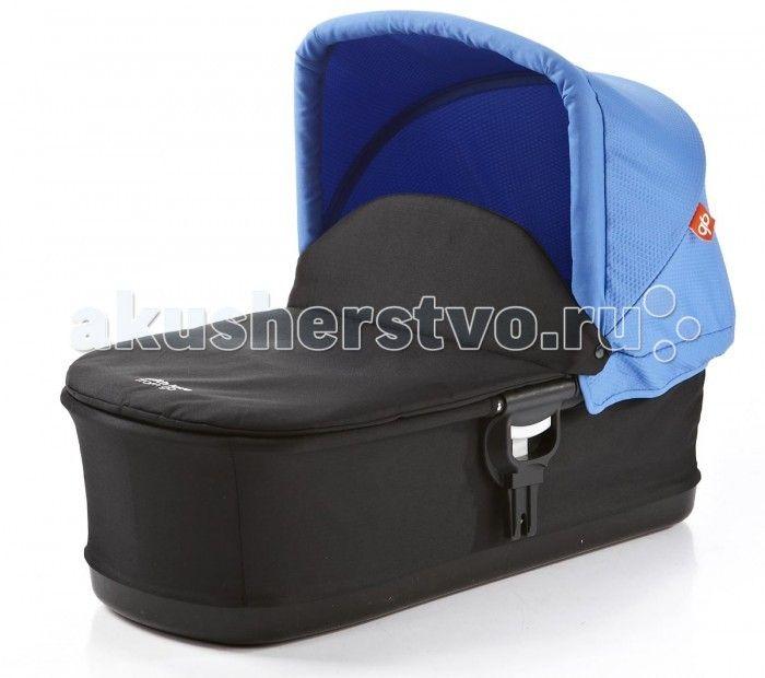 Ллька GB Спальный блок Blue COT SL2012  GB Спальный блок Blue COT SL2012 - предназначен дл новорожденных детей и позволет ребенку в первые месцы жизни находитс в полность горизонтальном положении. Легка, современна, складна ллька дл колски GB ZERO C2012. Рукотка дл переноски на козырьке лльки.   Полноразмерный матрас и накидка в комплекте. Легка установка лльки на шасси колски. Очень компактна в сложенном виде.