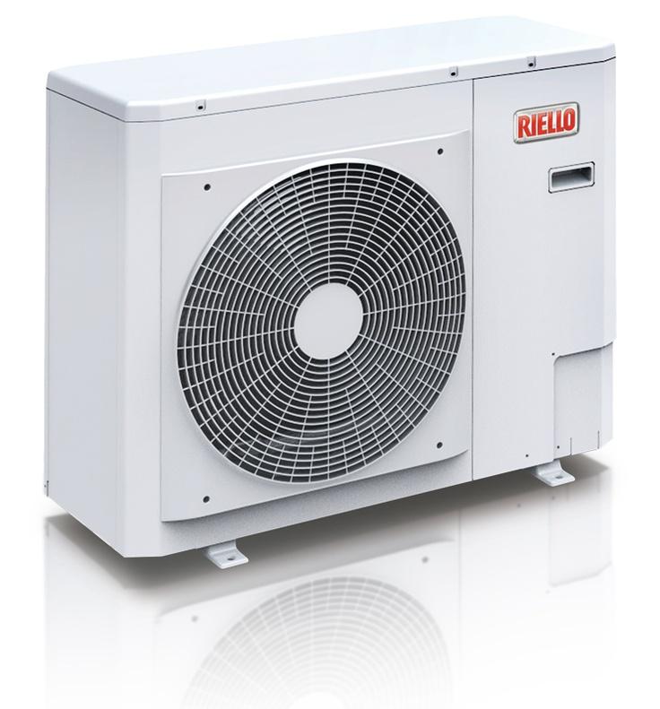 Riello AirHP 008 M Nordic gir turvanntemperatur på opptil 60 °C, dvs. at den kan brukes på et radiatoranlegg, nytt eller eksisterende. Har du oljefyring fra før, kan varmepumpen enkelt kobles opp mot dette anlegget. Riello HP Air Nordic er monoblock luft/vann-varmepumper. Dvs at varmeveksleren, ekspansjons- og sirk.system er innebygget i utedelen. Dette gjør monteringen svært enkel - kun vannrør mellom utedelen og resten av anlegget.
