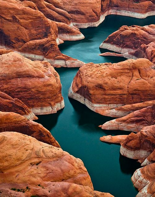Lake Powell, Utah The contrast of colors and textures is quite exquisite.  via Kateoplis