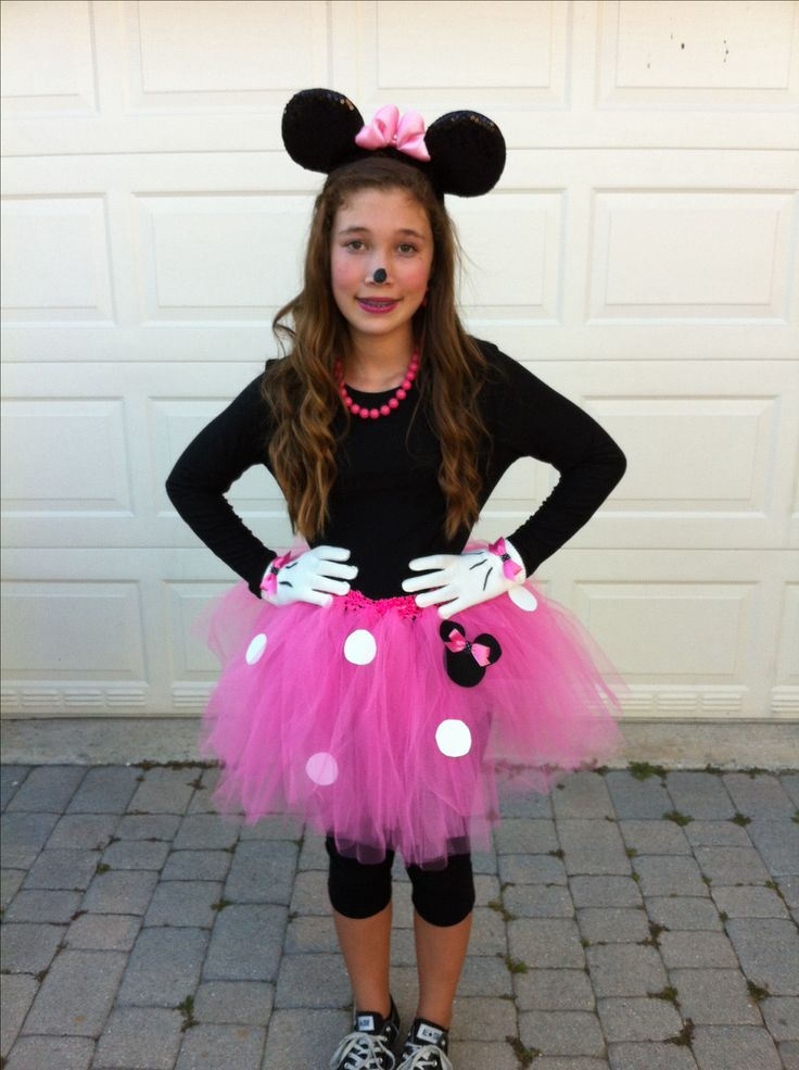 minnie mouse costume halloween costume diy pinterest minnie mouse costume mouse costume. Black Bedroom Furniture Sets. Home Design Ideas