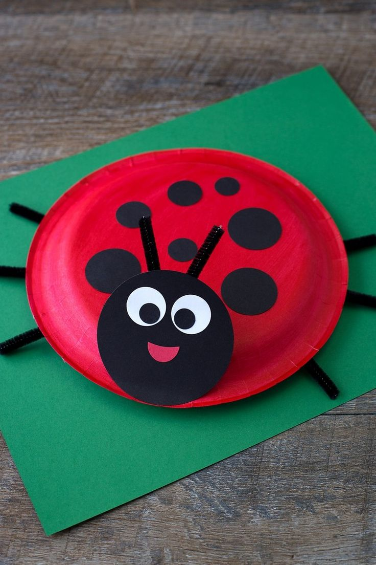 Crafting with paper plates for Easter and Spring – 25 great crafting ideas for children #summer # clothespins #osterdeko # paper flowers