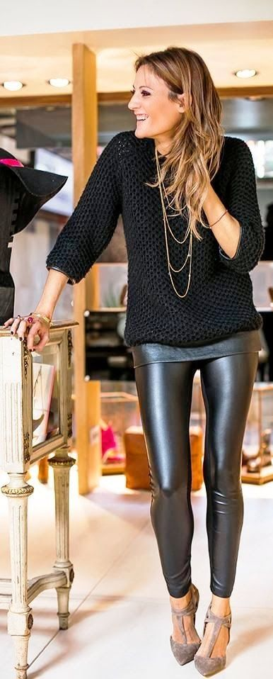 Attractive fall fashion look in black