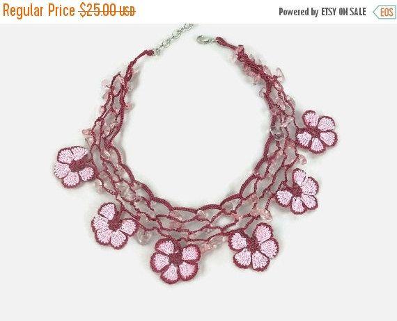 SALE 20% Crochet Necklace Pink And Burgundy Daisy Flower Crochet Oya Lace Choker Necklace with Stone Beads - Beaded Choker - Turkish Oya Jew